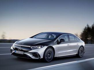 """""""Mercedes"""" benzino ateities planai bus formuojami tik elektromobiliuose"""