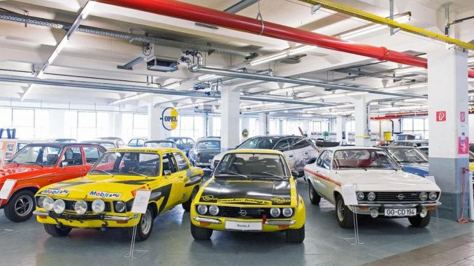 The opel museum, where the classic models of opel are exhibited, can now be visited online