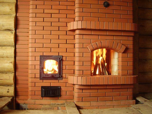 コーチ付きの家の絵のためのレンガの炉