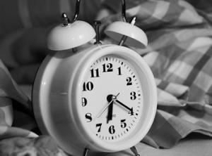 fim-horario-verao-sono-otorrinos-curitiba