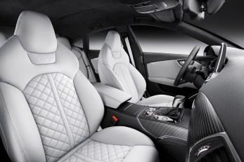 2015-Audi-S7-14