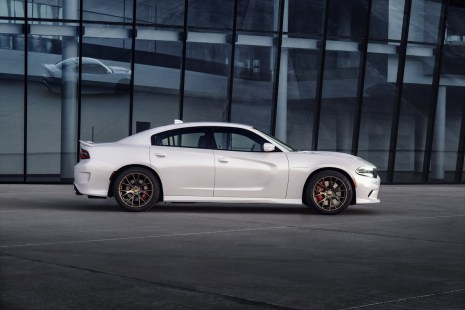 2015-Dodge-Charger-Hellcat-SRT-31