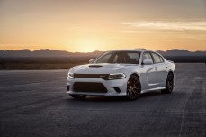 2015-Dodge-Charger-Hellcat-SRT-33