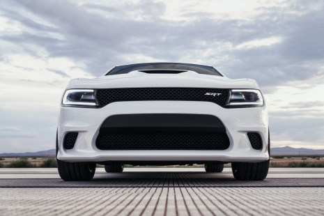 2015-Dodge-Charger-Hellcat-SRT-68