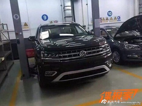 VW-Teramont-2