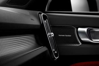 New Volvo XC40 – Harman Kardon speakers