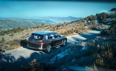 BMW-X7-iPerfomance-Concept-10