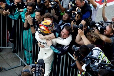 Lewis-Hamilton-Japanese-GP-6