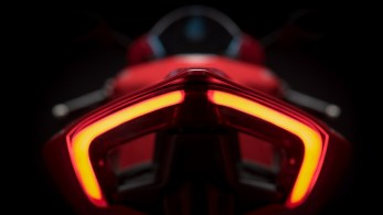 ducati-panigale-v4-unveiled-7