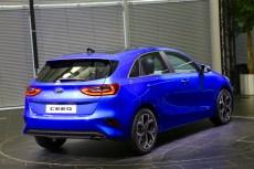 2018-kia-ceed-hatch-unveiled-70