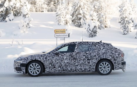 audi-a6-avant-spied-inside-out-7