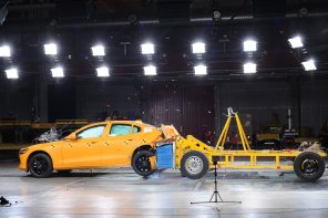 c63a0393-2019-volvo-s60-unveiled-81