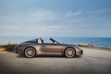 35895870-porsche-911-targa-4-gts-exclusive-manufaktur-edition-10