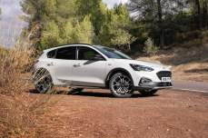 8f3e1d7a-2019-ford-focus-active