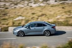 Corolla Sedan (7)
