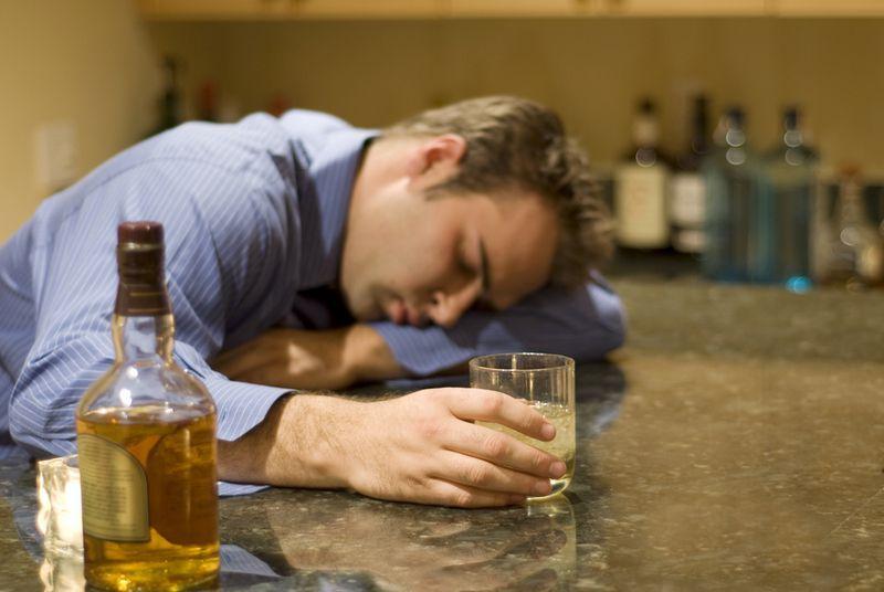 Отходняк после запоя: как перетерпеть, сколько длится. Как долго еще мучиться с похмелья после запоя