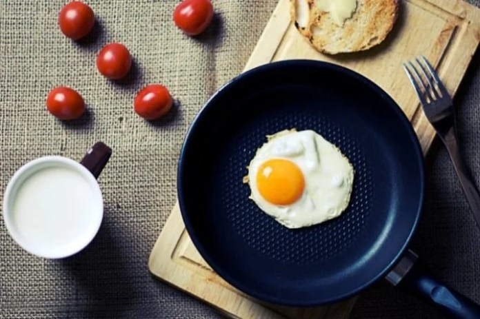 food-breakfast-egg-milk-pexels-small