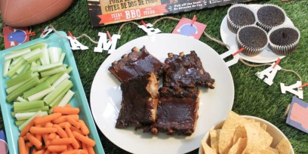 Set A Saucy Game Day Table with Montana's Texas-Style Ribs #MontanasRibsInSupermarket #Giveaway ~ CAN 11/10