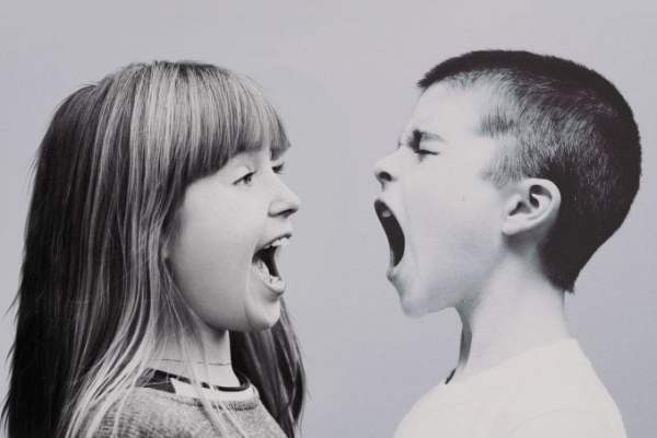 Sibling Jealousy: Effective Tips to Deal with It