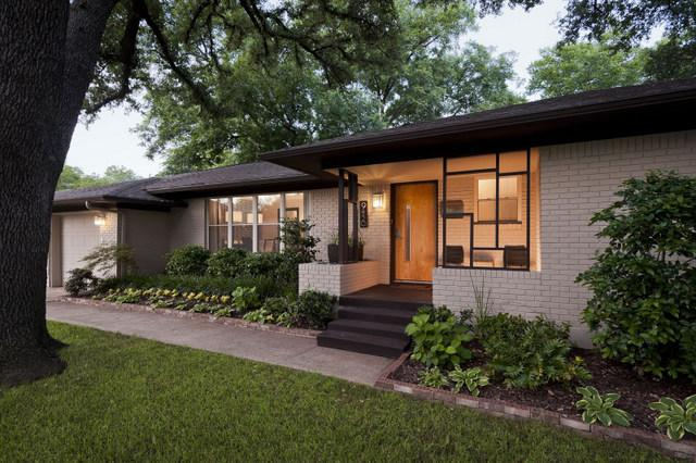 Mid-century Modern Houses > McMansions And Other Neo