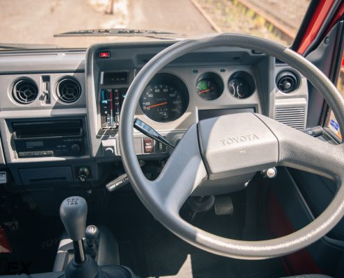 Toyota Dyna 4x4 Interior