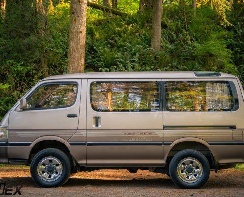 1994 Toyota Hiace 4x4 Camper Van