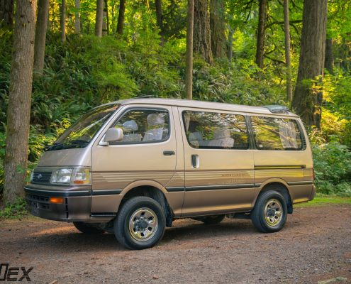 Toyota Hiace 4wd Van for sale 3 Sunroofs