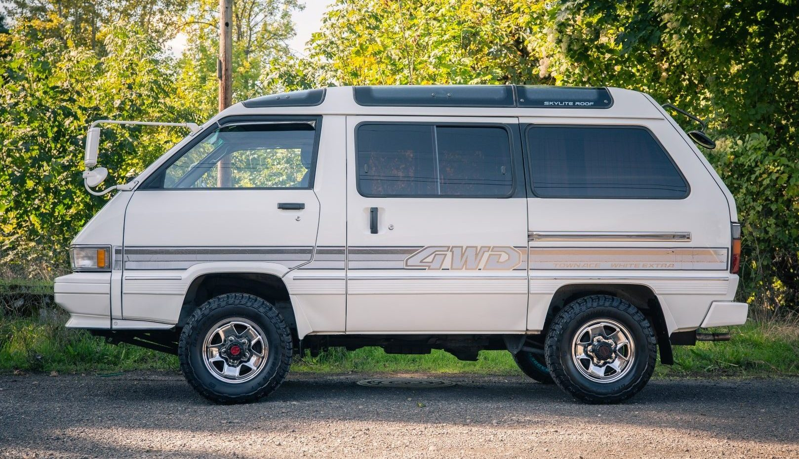 Toyota 4x4 Van for sale Portland, OR by Ottoex