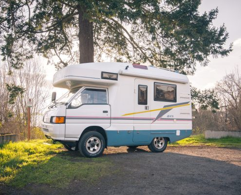 A Mitsubishi JB470 4x4 Motorhome for sale in Portlnad, Oregon by Ottoex