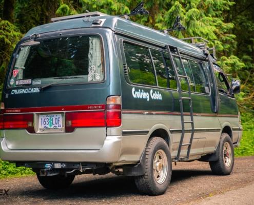 Toyota Hiace Cruising Cabin Camper Exterior