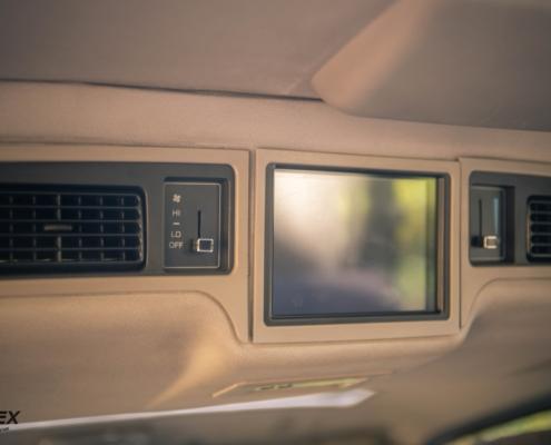 Toyota Hiace Panasonic Car TV