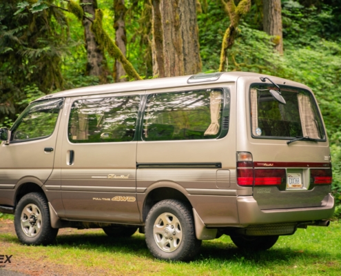 A Toyota Hiace 4x4 Super Custom Limited for sale in Portland, OR