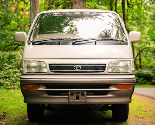 This is a Toyota Hiace Super Custom Limited