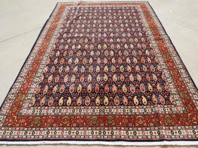 Fine quality Hand made & double knotted Turkish wool carpet from Hereke ' Boteh' Design, Hereke carpets are the best quality made in turkey. Approximately 30 - 40 years old