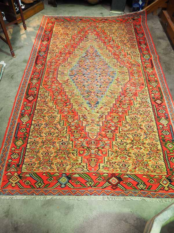Hand made persian Kilim senneh. Approximately 20 - 25 years old