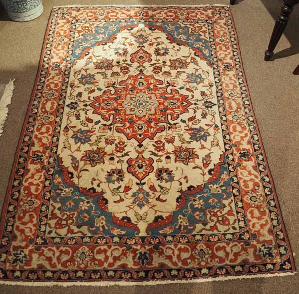 Fine quality Persian Hand knotted Isfahan carpet, Approximately 80 years old