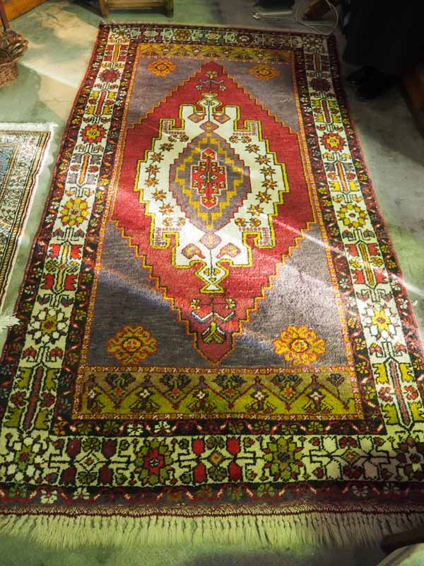 Double knotted hand made wool on wool Turkish carpet from Taspianar. Approximately 50 years oldDouble knotted hand made wool on wool Turkish carpet from Taspianar. Approximately 50 years old