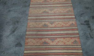 Hand knotted & embroided Kilim from Sivas. Approximately 50 - 60 years old
