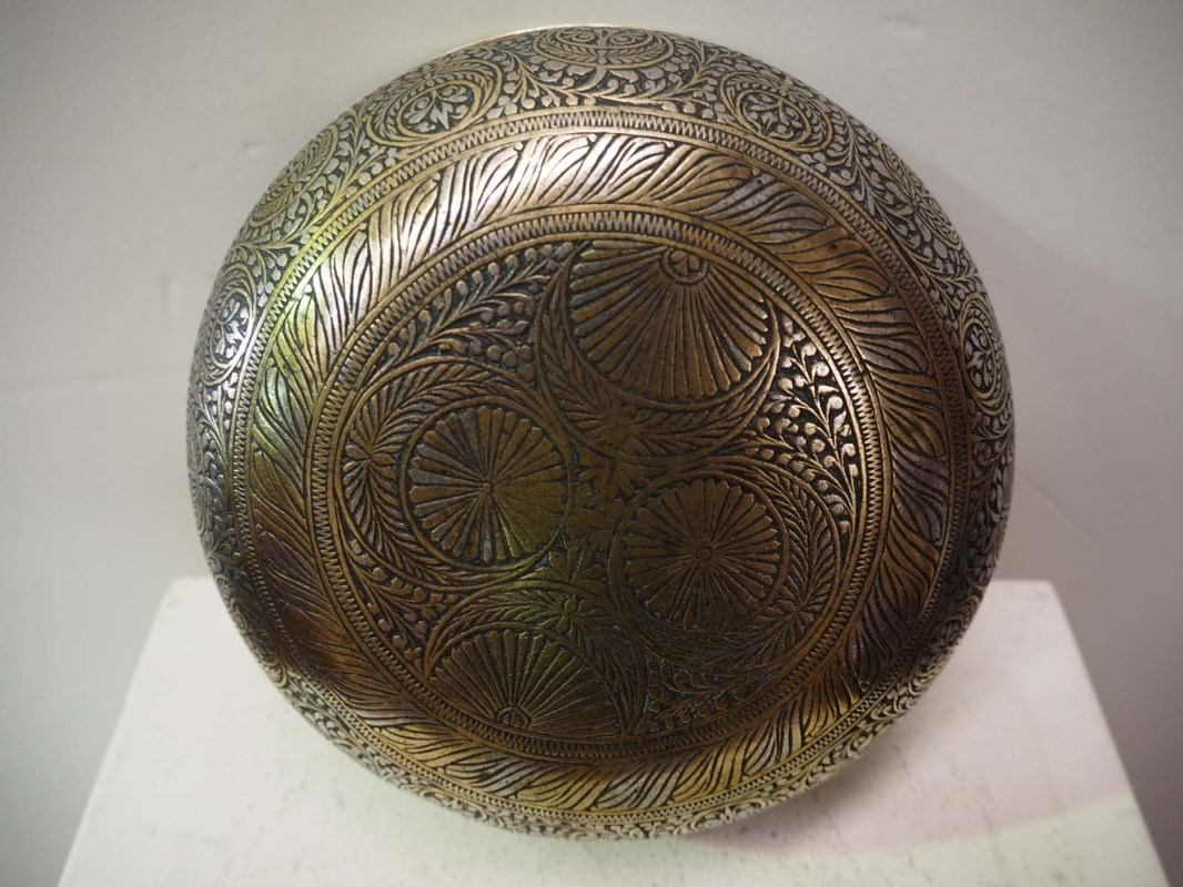Ottoman Period engraved hamam bowl, brass and tin