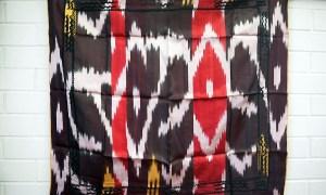 Vintage Uzbeki hand loomed & embroidered silk Ikat Belbog or sash c.1970