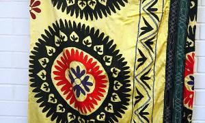 Sensational vintage Uzbeki Suzani