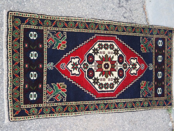 Double knotted hand made wool on wool Turkish carpet from Taspinar, approximately 30 - 40 years old
