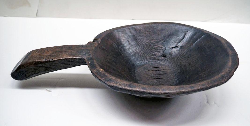 Ottoman period ash food bowl, 19th century