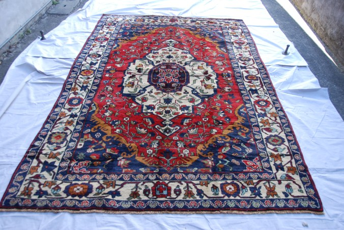 T810 Turkish hand knotted wool on cotton Konya Karapinar carpet approximately 60 years old 2.64 x 1.70