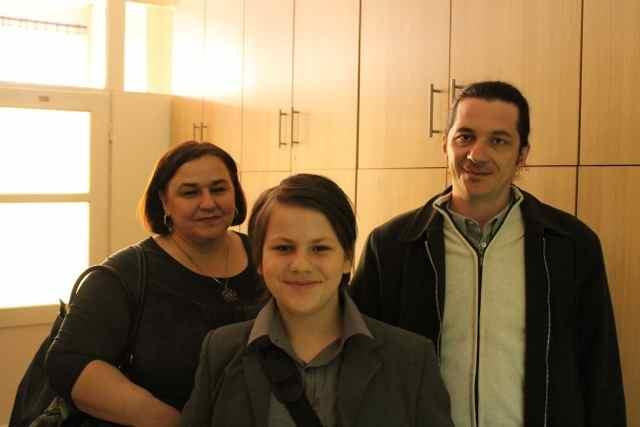 Tariq Residbegovic with his parents