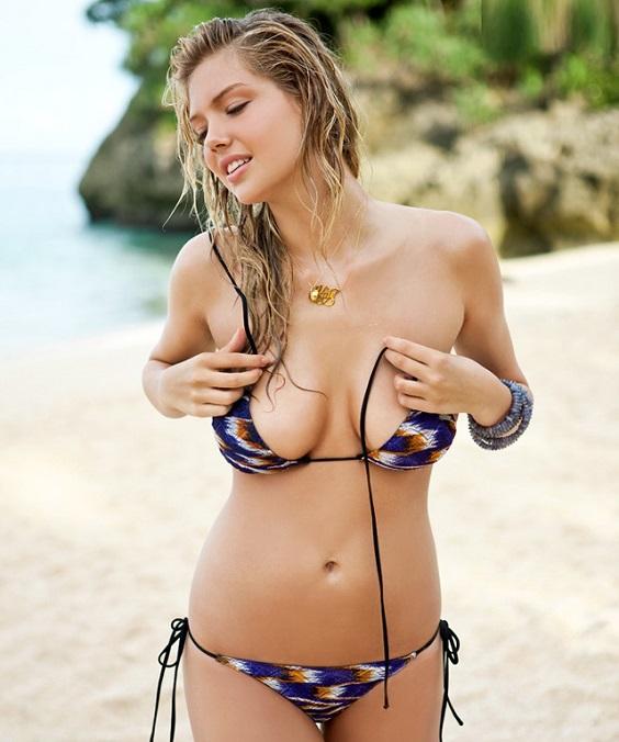 kate-upton-bikini-beach