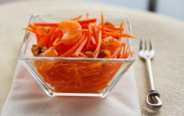 Вкусные и полезные салаты из моркови украсят любой стол.(5 рецептов)