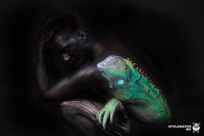 боди-арт игуана