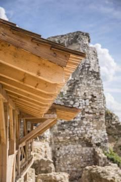 Zamek w Cachticach (17)