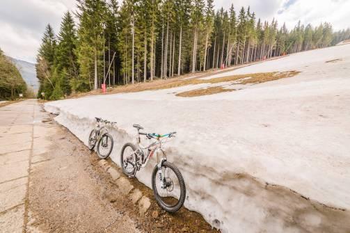 Śnieżka rowerem (1)